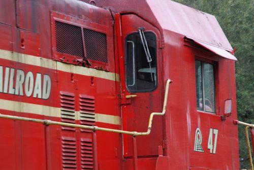 Trains 005_picnik