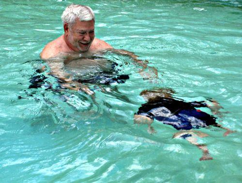 Swimming 008_picnik