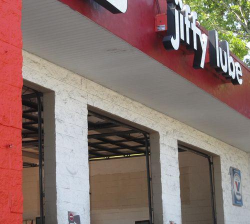 Jiffy Lube 008_picnik