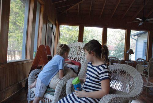 Babysitting 029_picnik
